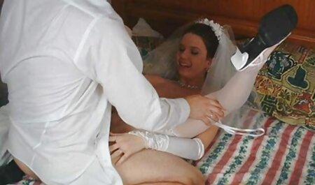 Magnifique putain de cul d'une adolescent aflam xx arab salope à droite sur le parapet du jacuzzi